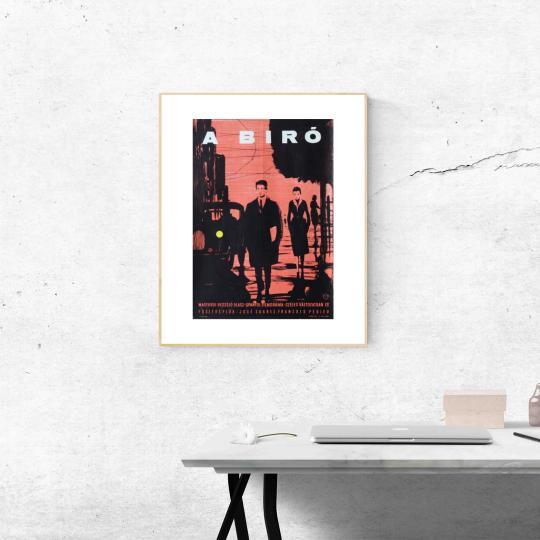 A biró filmplakát
