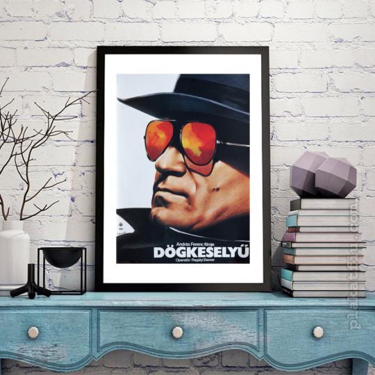Dögkeselyű filmplakát