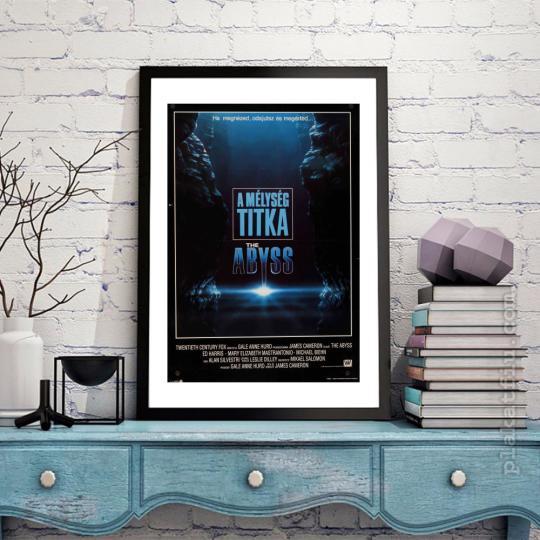 A mélység titka filmplakát