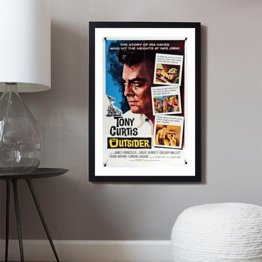 A kívülálló filmplakát
